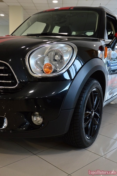Mini Cooper Countryman (2012) 13.995€